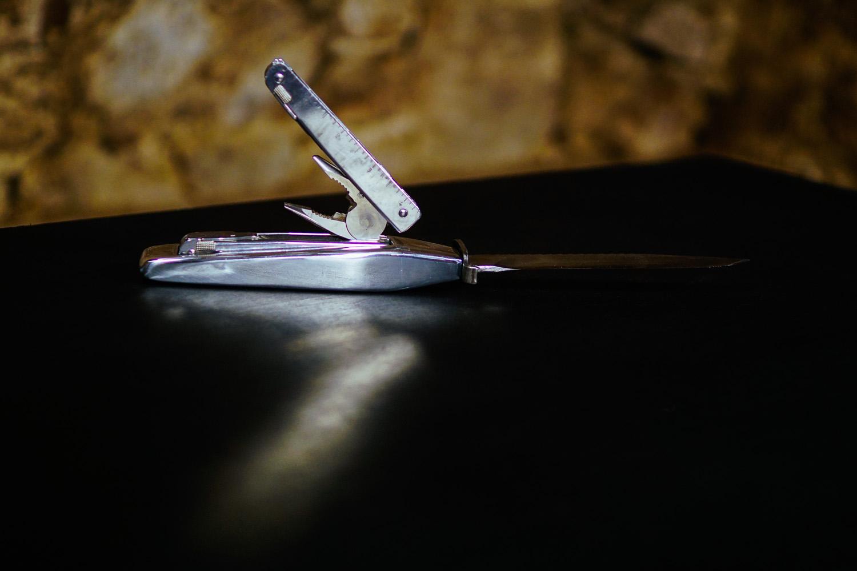 Multitool in Bowie Knife_6
