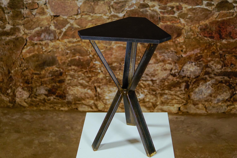 Triangle Tisch_3-2
